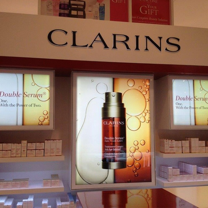 Perth Sign Installers: Clarins retail signs, Perth, Western Australia